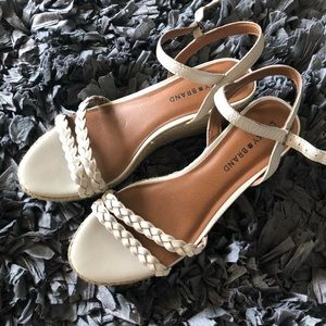 Lucky Brand Cream Wedge Sandals Size 8